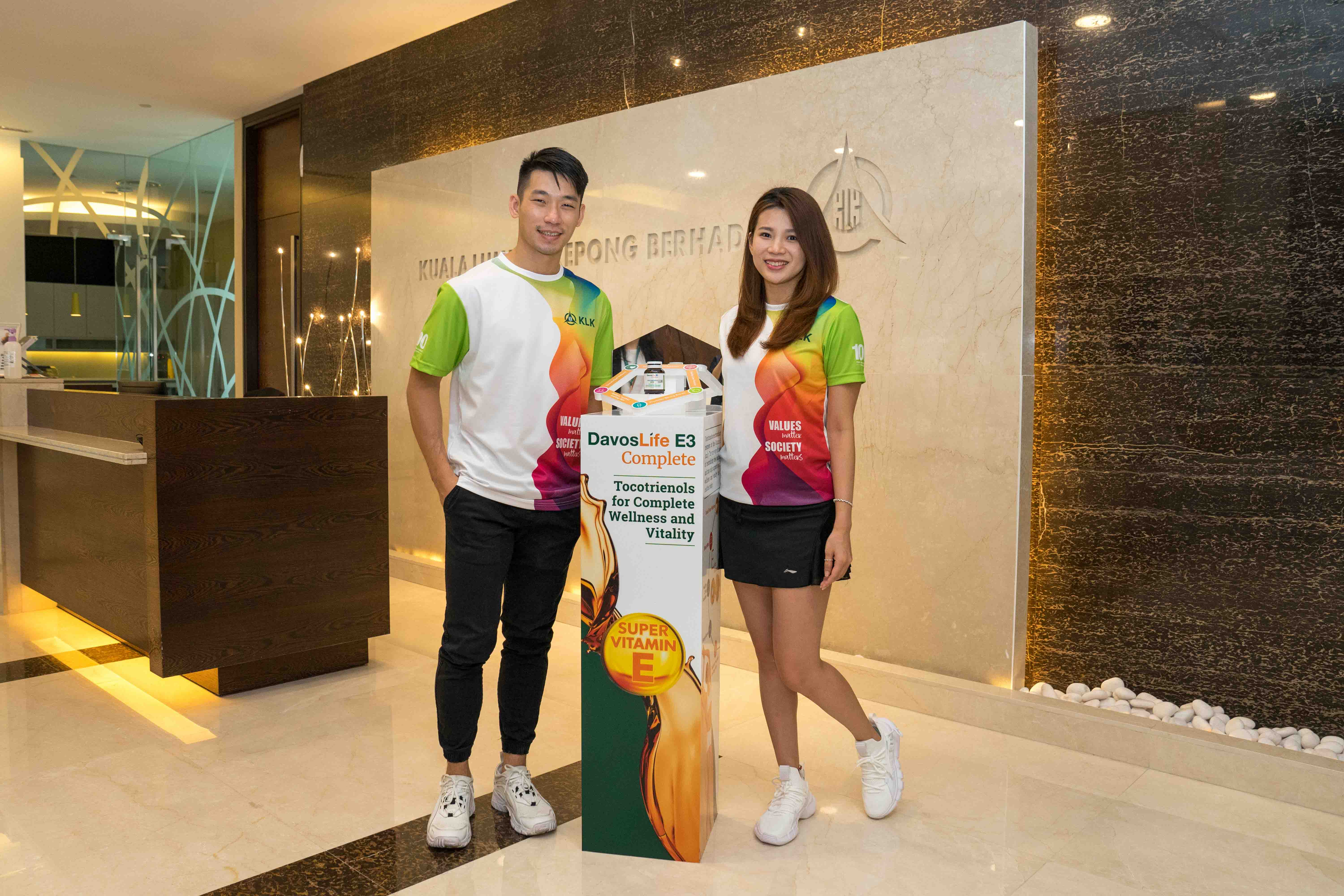 Peng Soon - Liu Ying is the new Brand Ambassadors for DavosLife E3 Complete Tocotrienols